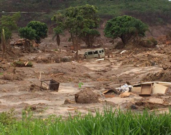Distrito de Bento Rodrigues, em Mariana, destruído pelo desastre ambiental de Mariana — Foto: Flávia Mantovani/G1